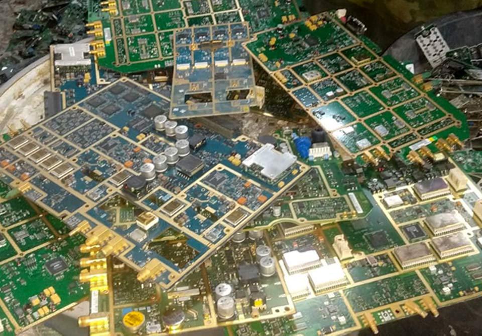 circuit-board-gold-strips